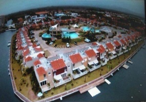 2 Bedrooms Bedrooms, ,3 BathroomsBathrooms,Townhouse,En Venta,1127